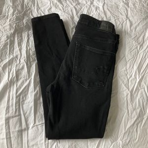 2/$20 🌷 American Eagle jeans size 6